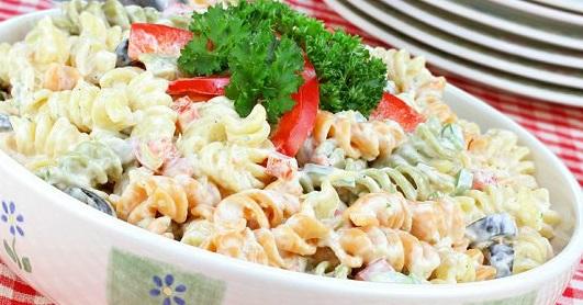 Kolay Makarna Salatası Tarifi